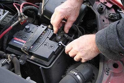 چگونگی نصب باتری